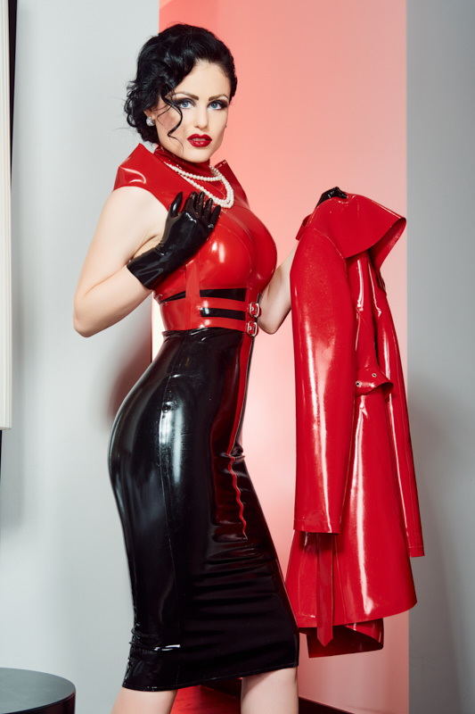 Latex domina berlin